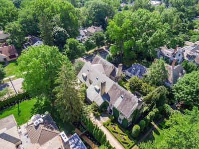 Bexley Single Family Home For Sale: 112 Ashbourne Road