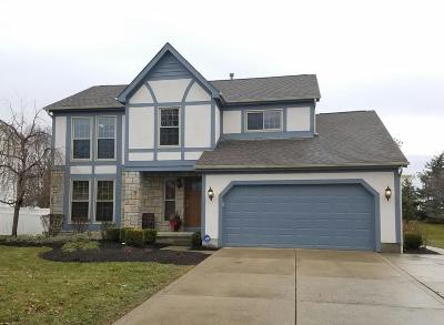 Grove City Single Family Home Contingent Finance And Inspect: 3414 Parkbrook Drive