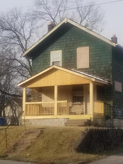 Columbus OH Single Family Home For Sale: $59,900