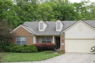 Groveport Single Family Home Contingent Finance And Inspect: 3791 Highland Bluff Drive