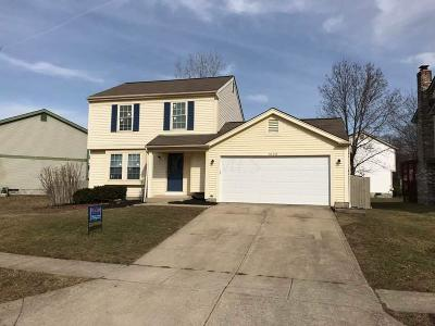 Pickerington Single Family Home Contingent Finance And Inspect: 3162 Alderbrook Drive