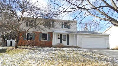 Westerville Single Family Home Contingent Finance And Inspect: 71 Belpre Place W