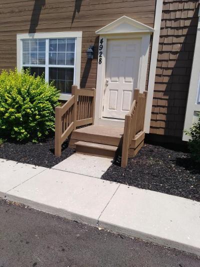 Hilliard Condo For Sale: 4928 Stoneybrook Boulevard #16E