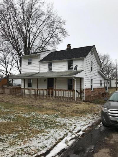 Lancaster Single Family Home For Sale: 843 4th Street