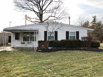 Grove City Single Family Home Contingent Finance And Inspect: 4375 Ashgrove Drive