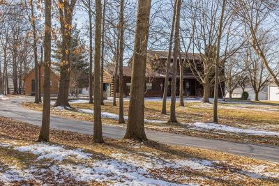 Single Family Home For Sale: 9280 Knoll Drive