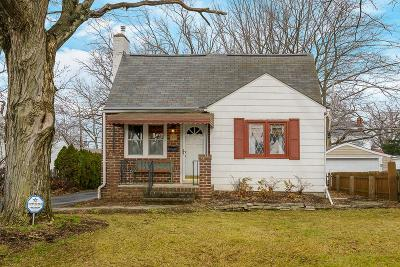 Columbus Single Family Home For Sale: 26 E Weisheimer Road
