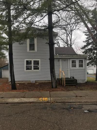 Johnstown Single Family Home For Sale: 137 S Oregon Street