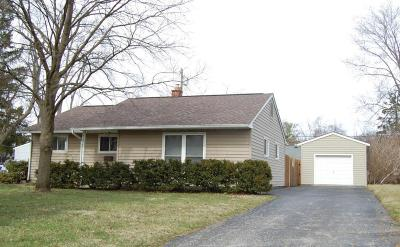 Upper Arlington Single Family Home Contingent Finance And Inspect: 2444 Woodstock Road