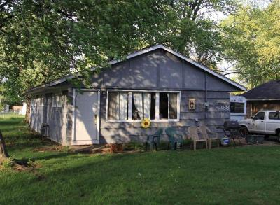 Hilliard Single Family Home Contingent Finance And Inspect: 4388 Sherwood Drive