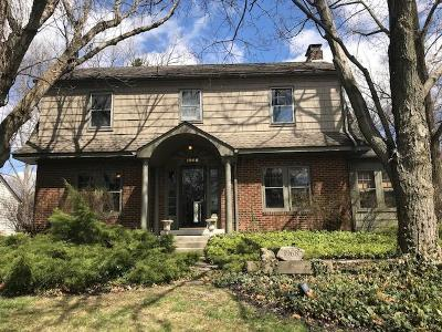 Single Family Home For Sale: 1968 N Devon Road