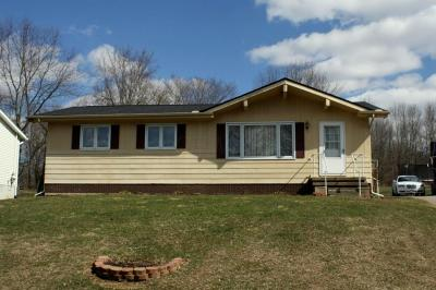 Howard Single Family Home For Sale: 970 Winesap Drive