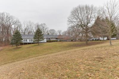 Newark Single Family Home For Sale: 2297 Dayton Road NE