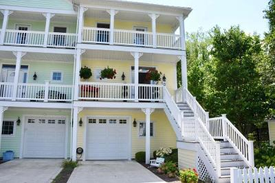 Hebron Condo For Sale: 4455 Hunts Landing Road #16D