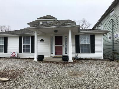 Buckeye Lake Single Family Home Contingent Finance And Inspect: 54 East Street