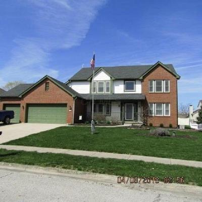 Grove City Single Family Home For Sale: 2655 Woods Crescent