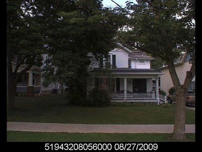 Single Family Home For Sale: 102 Griswold Street