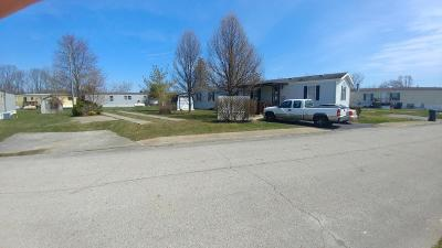Grove City Single Family Home Contingent Finance And Inspect: 6106 London Groveport Road #H18