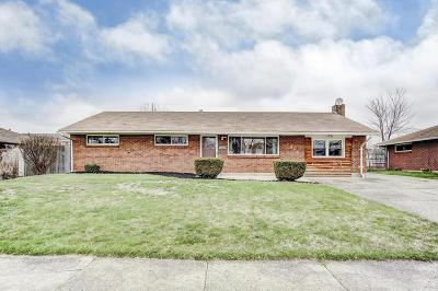 Reynoldsburg Single Family Home Contingent Finance And Inspect: 7098 Golding Drive