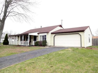 Reynoldsburg Single Family Home Contingent Finance And Inspect: 772 Gilmore Drive