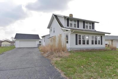 Groveport Single Family Home Contingent Finance And Inspect: 5590 Ebright Road