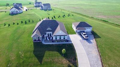 Pataskala Single Family Home For Sale: 120 York Gate Drive