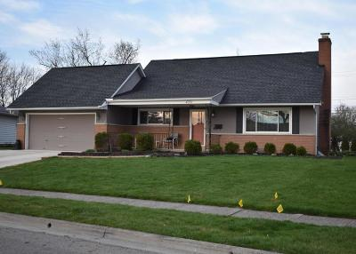 Grove City Single Family Home Contingent Finance And Inspect: 4351 Joyce Road