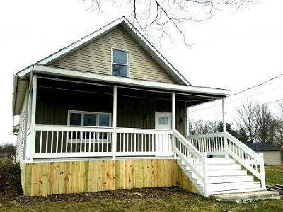 Pleasantville Single Family Home Contingent Finance And Inspect: 5808 Canal Road NE