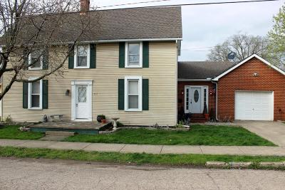 Circleville OH Single Family Home Contingent Finance And Inspect: $124,900