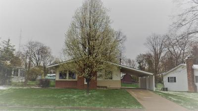 Reynoldsburg OH Single Family Home Contingent Finance And Inspect: $159,000