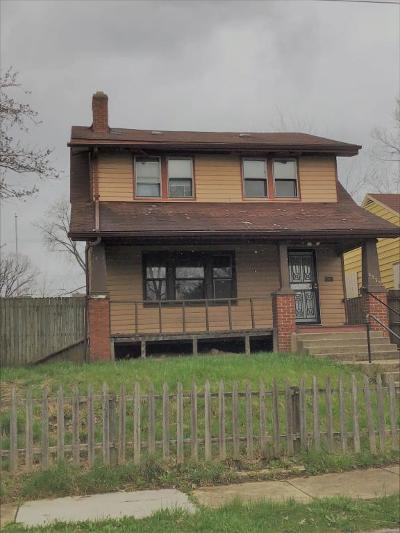 Columbus Single Family Home For Sale: 2333 Linden Avenue