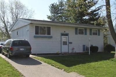 Gahanna Single Family Home Contingent Finance And Inspect: 314 Empire Drive
