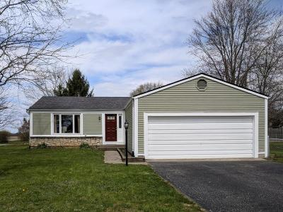 Pickerington Single Family Home Contingent Finance And Inspect: 1050 Lockville Road