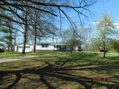 Lancaster Single Family Home For Sale: 2752 Elder Road NE