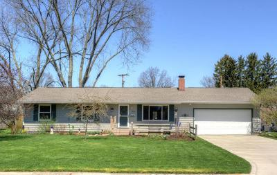 Newark Single Family Home Contingent Finance And Inspect: 350 Jefferson Road