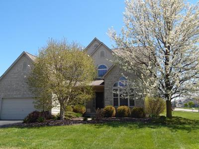 Grove City Single Family Home For Sale: 5600 Deergrass Court