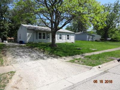 Reynoldsburg Single Family Home Contingent Finance And Inspect: 7442 Smithfield Avenue