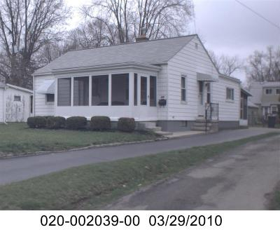 Bexley Single Family Home For Sale: 946 College Avenue