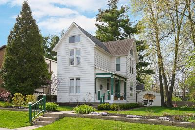 Clintonville Single Family Home Contingent Finance And Inspect: 145 E Como Avenue