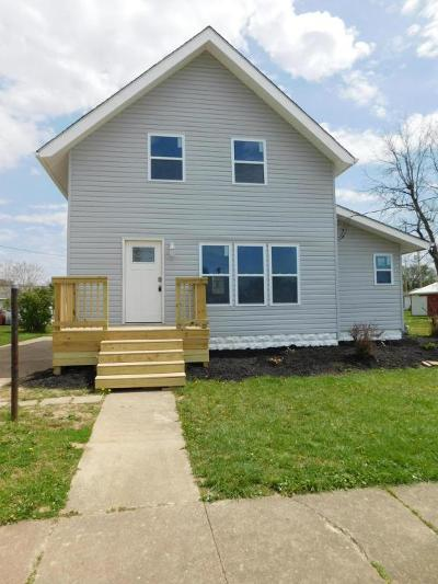 Ashville Single Family Home Contingent Finance And Inspect: 52 Walnut Street