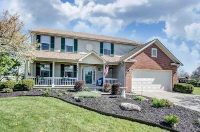 Grove City Single Family Home Contingent Finance And Inspect: 2480 Deerfield Drive