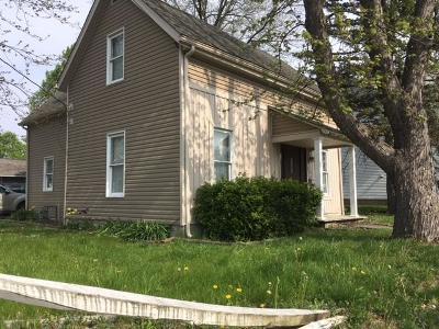 Groveport Single Family Home For Sale: 285 Center Street