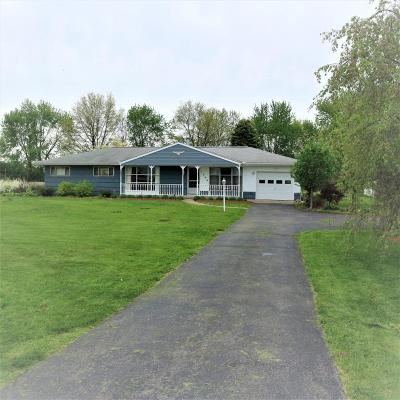 Lockbourne Single Family Home Contingent Finance And Inspect: 1304 Rohr Road
