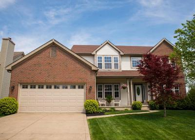 Hilliard Single Family Home Contingent Finance And Inspect: 3170 Overbridge Drive