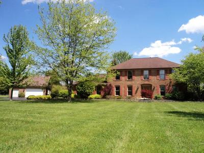Pickerington Single Family Home Contingent Finance And Inspect: 13550 Tollgate Road