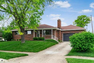 Grove City Single Family Home Contingent Finance And Inspect: 2746 Glendale Road