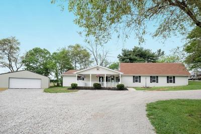 Amanda Single Family Home Contingent Finance And Inspect: 5745 Chillicothe Lancaster Road SW #R