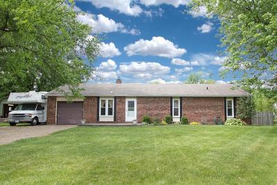 Pataskala Single Family Home Contingent Finance And Inspect: 5092 Deeds Road SW