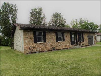 Circleville OH Single Family Home For Sale: $145,000