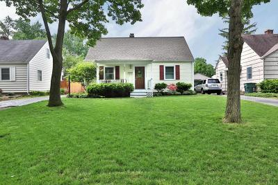 Columbus OH Single Family Home For Sale: $269,900